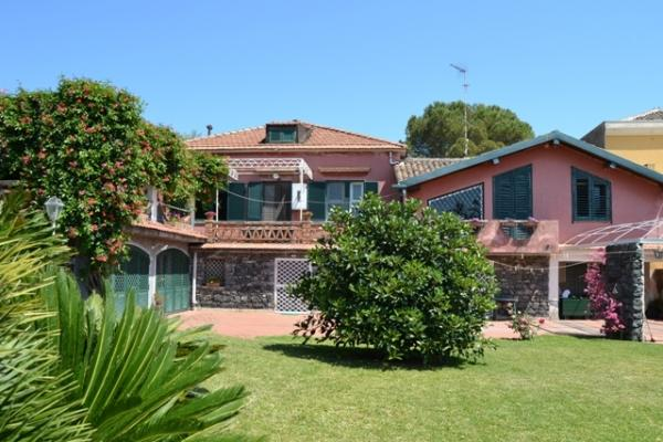 CR100Acireale - Casa Guardia - Image 1 - Acireale - rentals
