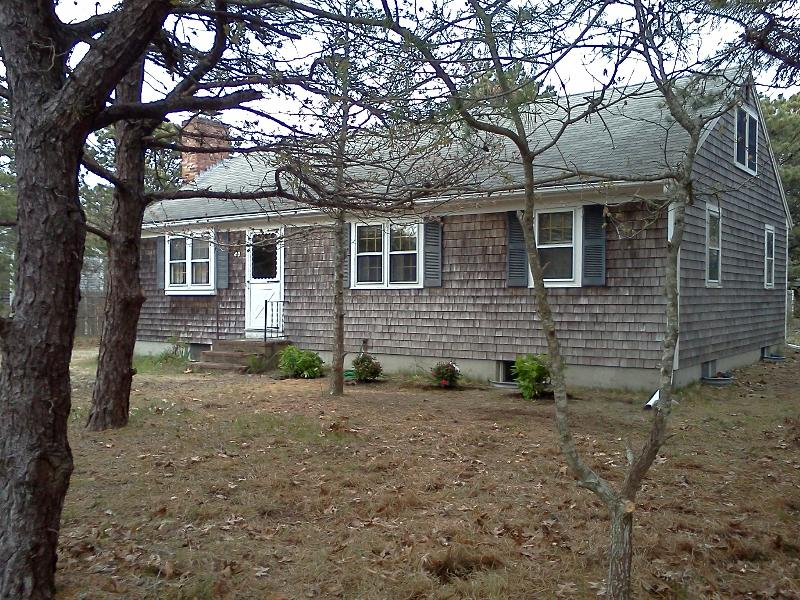 Front of the house - 3 Bedroom House 1/2 mi from Sunken Meadow Beach - Eastham - rentals