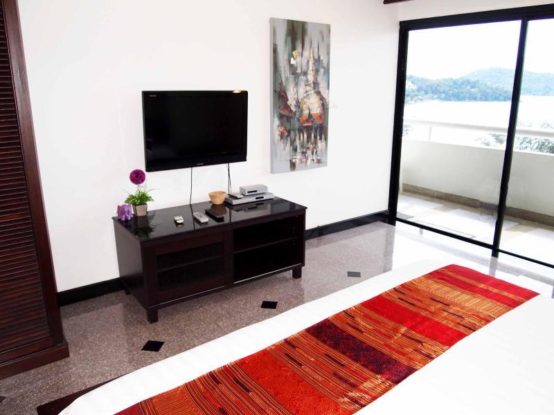 Bedroom sea view - Beautiful seaview condo Patong Tower, Phuket - Patong - rentals