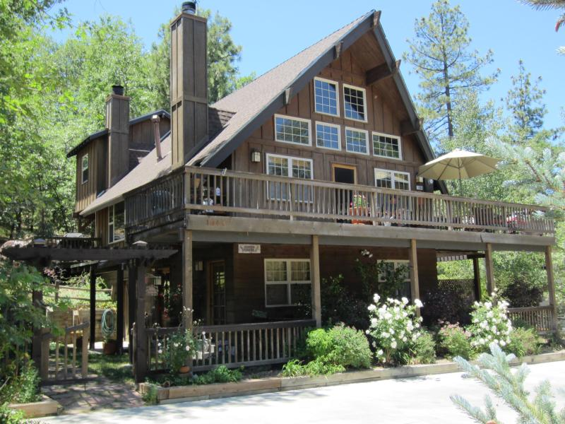 Front of home - Upscale Craftsman - WALK TO LAKE Beach Club Passes - Lake Arrowhead - rentals