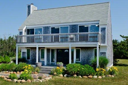 WALK TO SOUTH BEACH FROM THIS CONTEMPORARY SALTBOX - KAT ACAR-07 - Image 1 - Edgartown - rentals