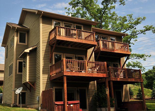 Exterior - Cedar Creek #15 - McHenry - rentals
