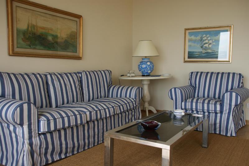 4 Bedroom Seafront Apartment - Image 1 - Camaiore - rentals