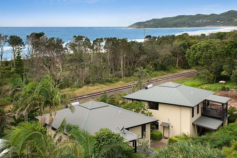 Suranadi Byron Bay - SURANADI - In Town - On The Beach - Byron Bay - rentals