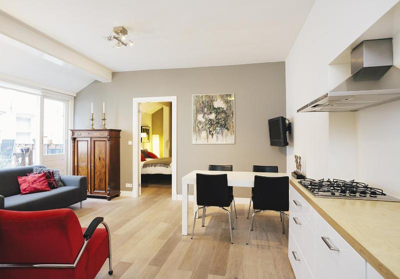 Palm Apartment I Amsterdam, luxury in the Jordaan - Image 1 - Amsterdam - rentals