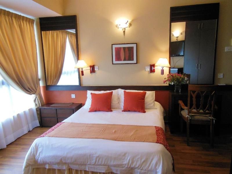 Masterbedroom view 1 - 5-Star Resort Condo in Batu Ferringhi - Batu Ferringhi - rentals