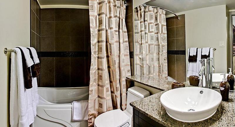 Uptown 2B02 - 2 Bedroom - Image 1 - Calgary - rentals