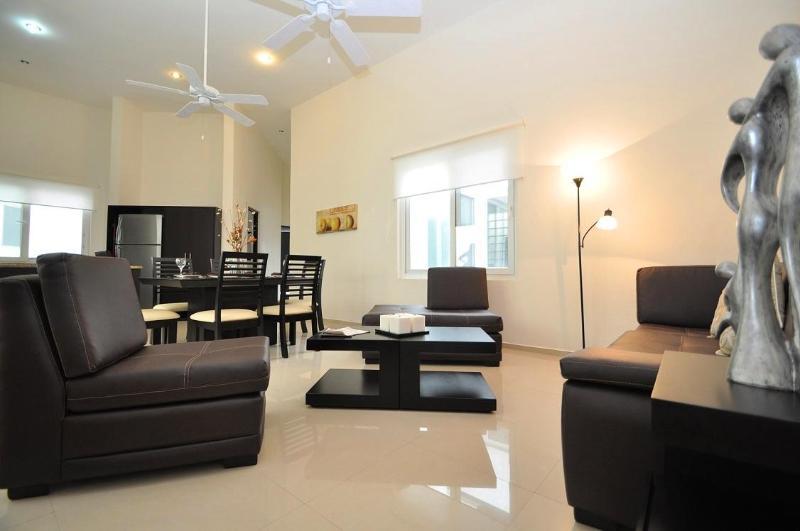 Living Space- Overview - 3 Bedroom-Ocean View Rooftop Jacuzzi & Pool - A302 - Playa del Carmen - rentals