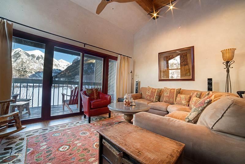 Bright Living Room - RIVERSIDE B201 - Telluride - rentals