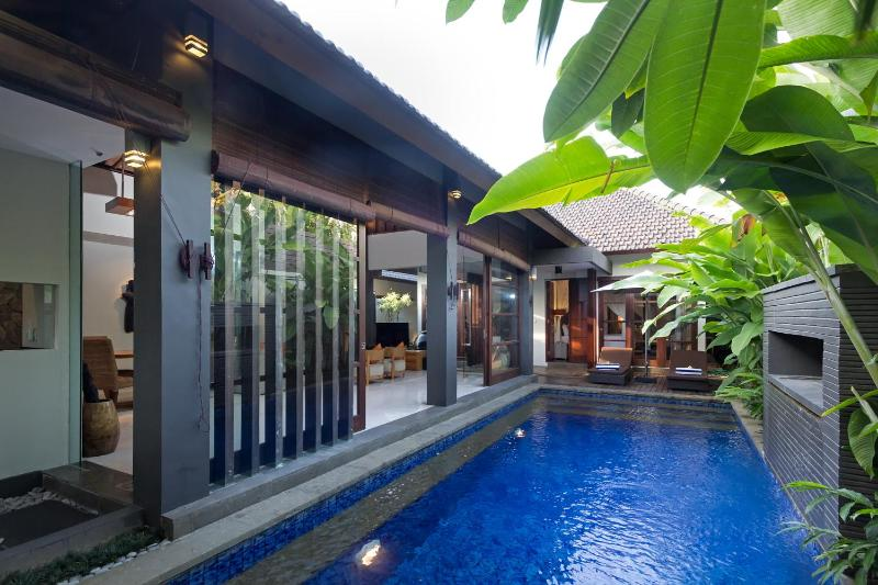"""Your Own Private Pool to Use Day and Night - """"A Villa in Seminyak"""" All inclusive Private Oasis - Seminyak - rentals"""