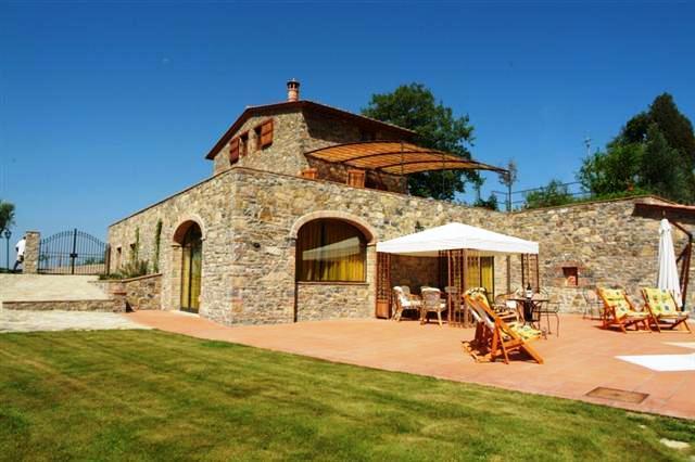 Chianti Farmhouse with a Private Pool - Casale Gaiole - Image 1 - Gaiole in Chianti - rentals