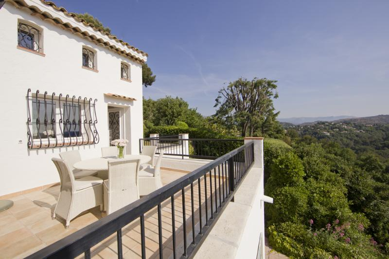 South of France Villa with Private Pool - Villa Fernand - Image 1 - Biot - rentals