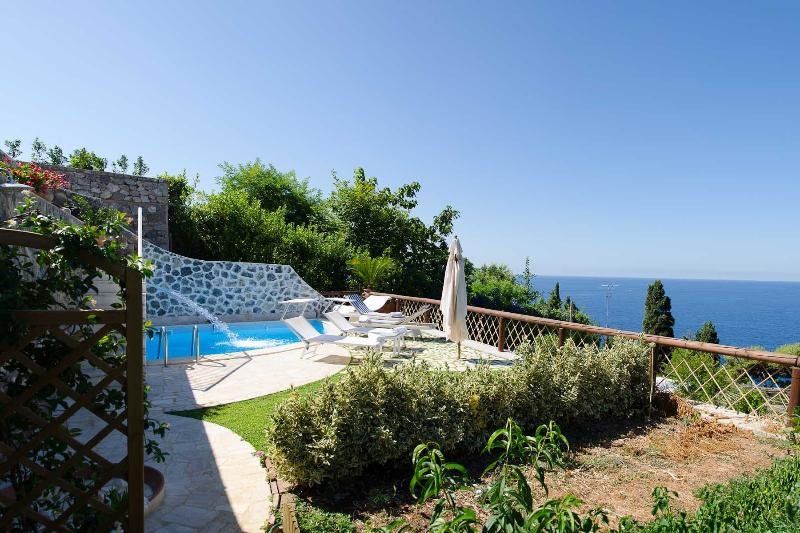 Amalfi Coast Apartment with Pool for Two Couples in Town - Greco - Image 1 - Praiano - rentals