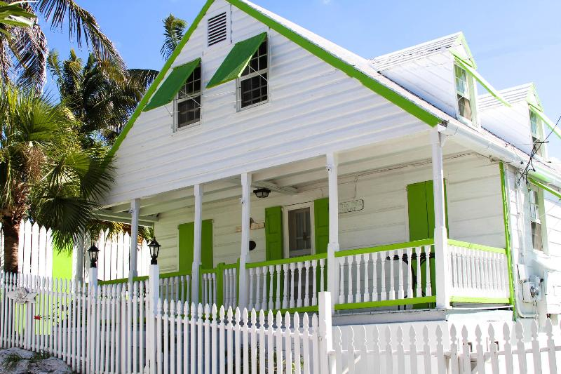 Cotton Tree - Image 1 - Harbour Island - rentals
