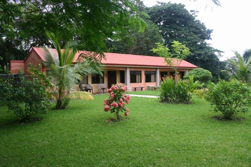 Cabina's in the garden setting - Costa Rica - Lake Arenal - Nice Cabin for rent - Washington - rentals