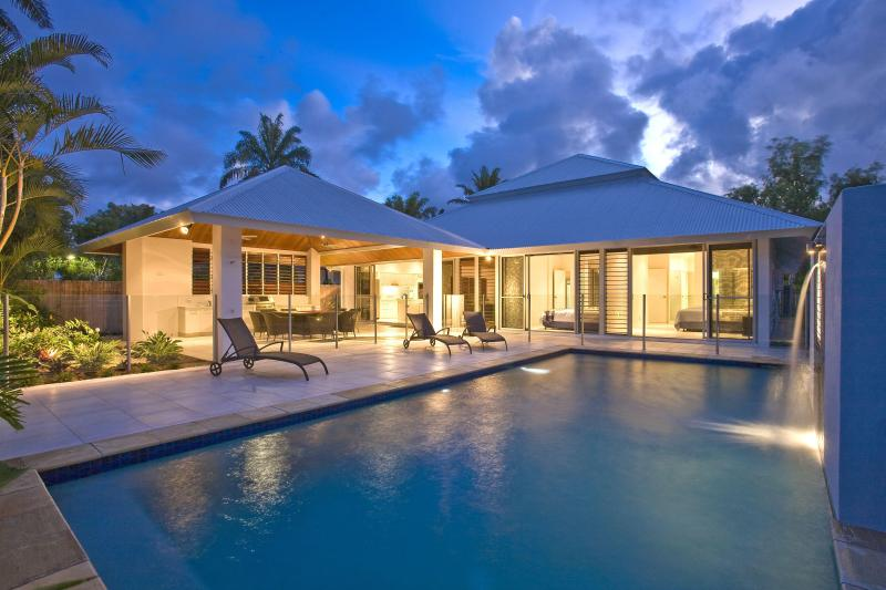 From the pool - Fiddleleaf Port Douglas - Port Douglas - rentals