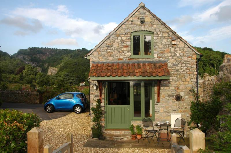 The cottage with the gorge view in the background - Gorge View Cottage - Cheddar - rentals