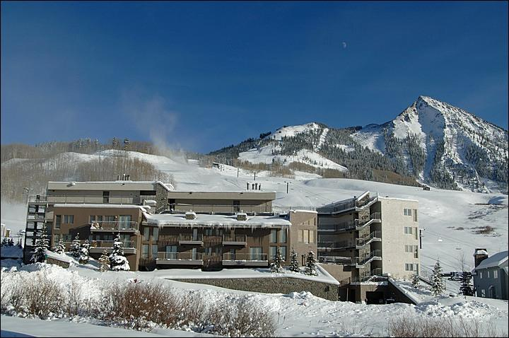 Gateway Condominiums - Beautiful Slopeside Accommodations - Perfect for a Romantic Getaway (1150) - Crested Butte - rentals