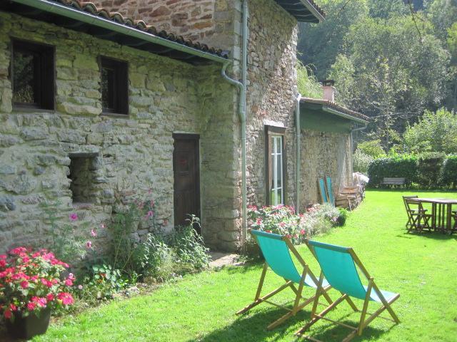 Cottage - Charming Stone Cottage in the Park naturel Ariége - La-Bastide-de-Serou - rentals