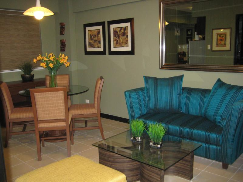 2  Bedroom Condo Fully Furnished Cypress Towers - Image 1 - Taguig City - rentals