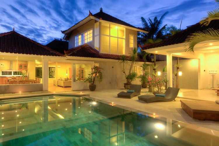 The Villa Yulia - Villa Bunga Kecil at the Beach & Welcome Breakfast - Seminyak - rentals