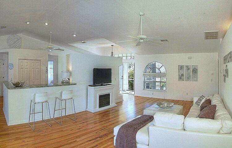 Evason Villa with Low Rates - Summer Special-Homes from 590 USD/week- - Image 1 - Cape Coral - rentals
