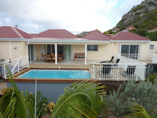 Lovely Villa  With Private Pool and Sea view !! - Image 1 - Anse Des Cayes - rentals
