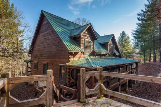 Little Piece of Heaven - Little Piece of Heaven - This vacation cabin is located just north of Blue Ridge about 2 miles. - Blue Ridge - rentals