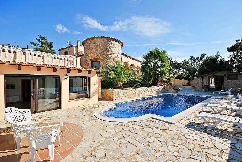 'All your dreams come true' in Villa Nirwana - Image 1 - Lloret de Mar - rentals