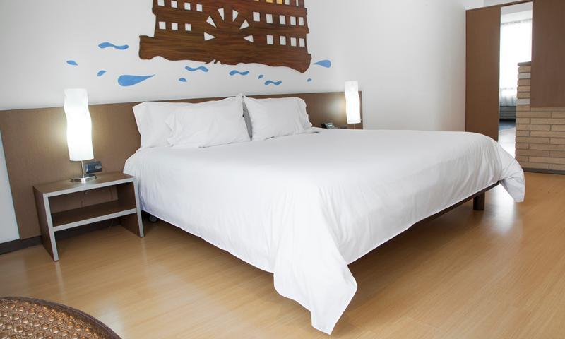 Beautiful Apartment in Parque 93 - Image 1 - Bogota - rentals