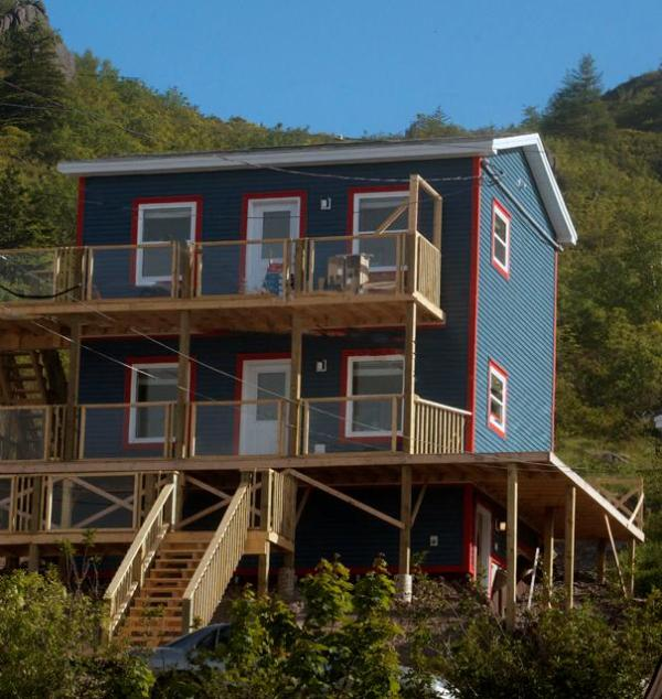 ShoreLak by the Sea Nests - ShoreLark by the Sea 1 BED Nests/ 2BED Guest House - Petty Harbour - rentals