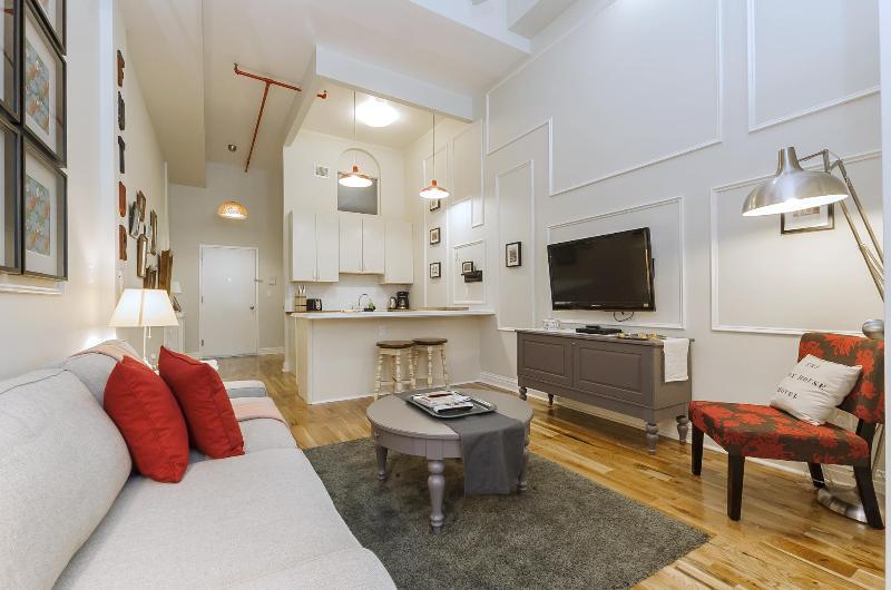 The Box House, Trendy Designer Loft in Brooklyn - Image 1 - Brooklyn - rentals