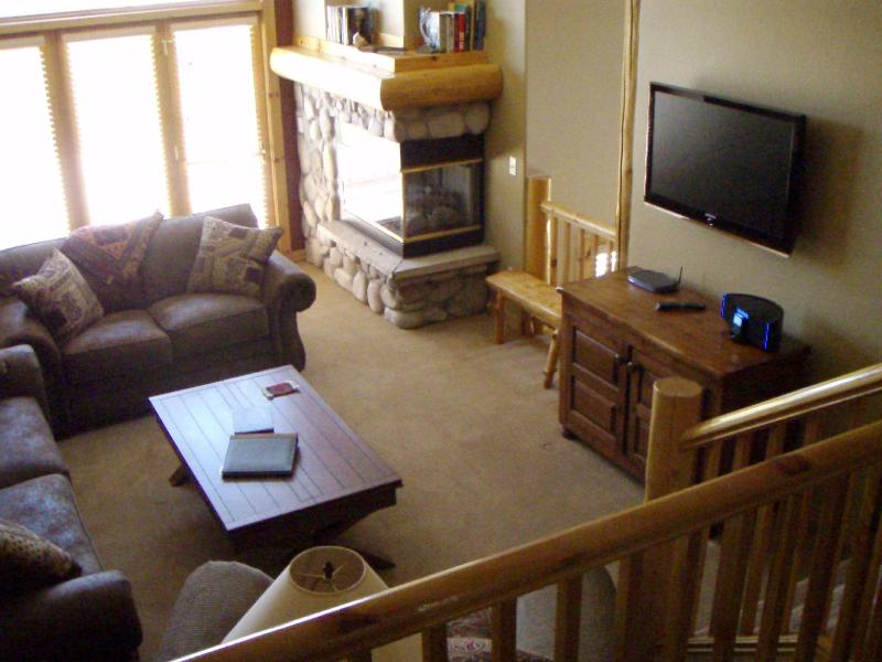 Living Room from Dining Area - Beautiful Breckenridge Elk Ridge Town Home - Breckenridge - rentals