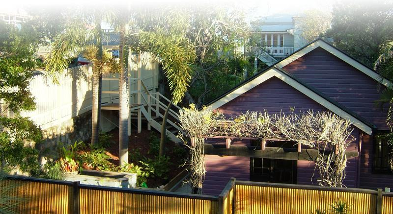 West End Cottage 1 - Image 1 - Brisbane - rentals