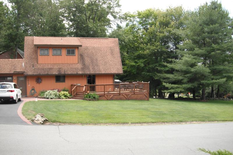 4 STAR community LAke view house with sauna - Image 1 - Lake Ariel - rentals