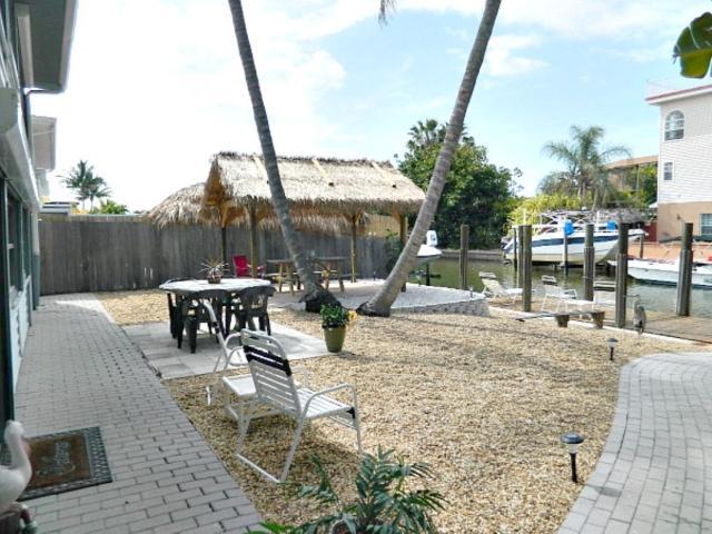 850 Third Street #202 850DA202 - Image 1 - Fort Myers Beach - rentals
