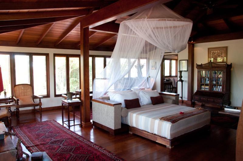 "Master Bedroom Upstairs - Villa East Indies ""Luxury 4 Bedrooms Villa Canggu"" - Canggu - rentals"