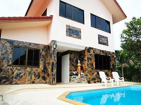 4 BDRM  FAMILY VILLA  PRIVATE POOL TROPICAL GARDEN - Image 1 - Cherngtalay - rentals