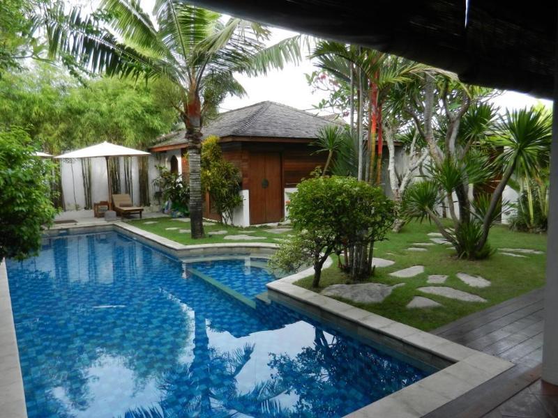 living area to pavilion bedroom - SEMINYAK 13m POOL private 2lgebrms LOCATION value! - Seminyak - rentals