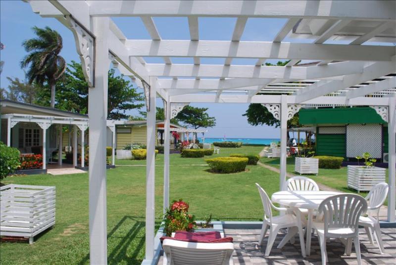 PARADISE PCA -  83330 - CHARMING 3 BED WATERFRONT VILLAS WITH POOL - OCHO RIOS - Image 1 - Ocho Rios - rentals
