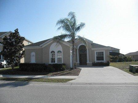 Front - Lovely 4 bedroom pool home in Haines City(41273) - Haines City - rentals