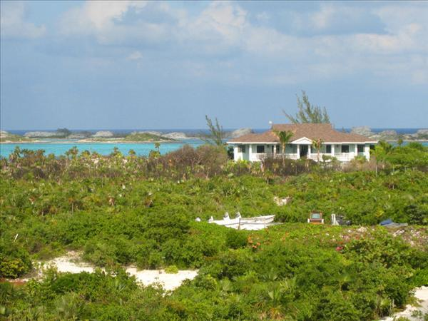 - Fowl Cay - Bluemoon - The Exumas - rentals