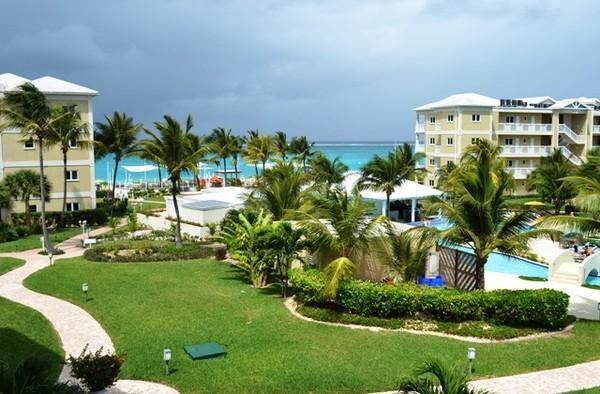 view from patio - One bedroom 1 1/2 bath; beautiful Alexandra Resort - Providenciales - rentals