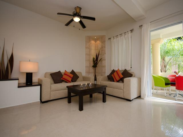 nice and spacious living area - ATHENA 2 - 2 bedroom 2 bathroom, superb location! - Playa del Carmen - rentals