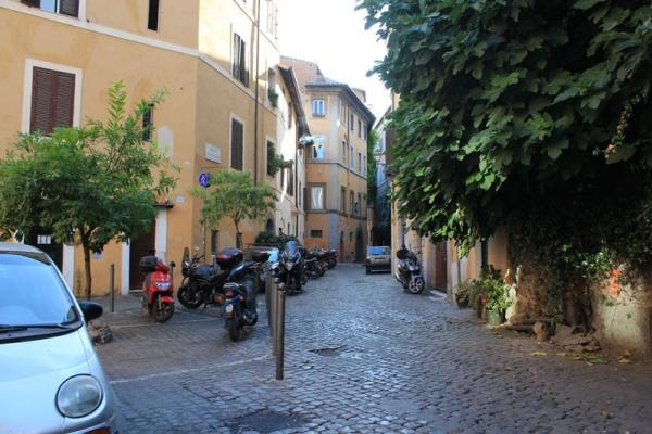 CR754BB - B&B Ventisei Scalini a Trastevere - POETA room - Image 1 - Rome - rentals