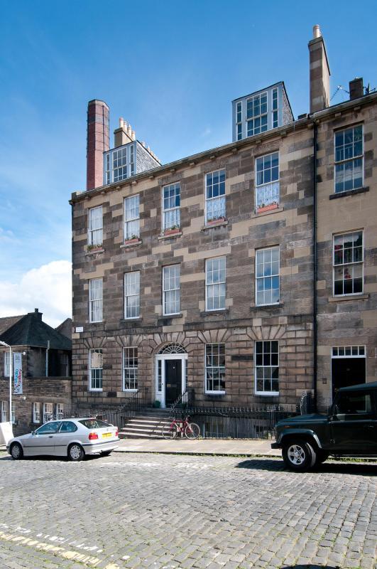 Union Street Apartment - Image 1 - Edinburgh - rentals