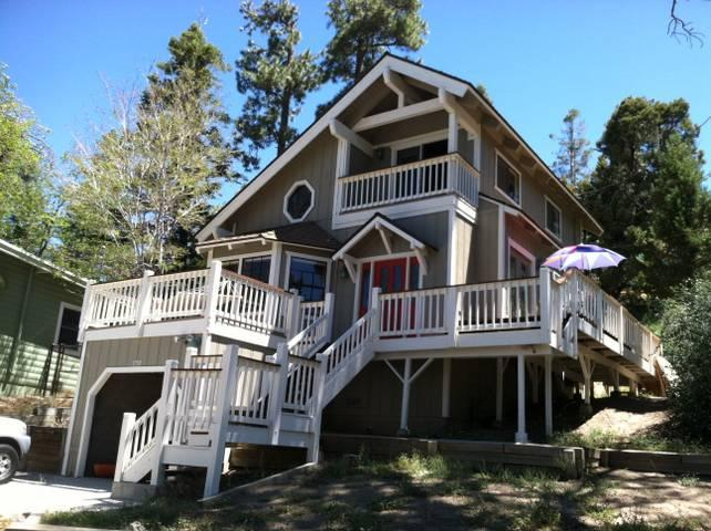 Moonridge Hidaway - Image 1 - Big Bear Lake - rentals
