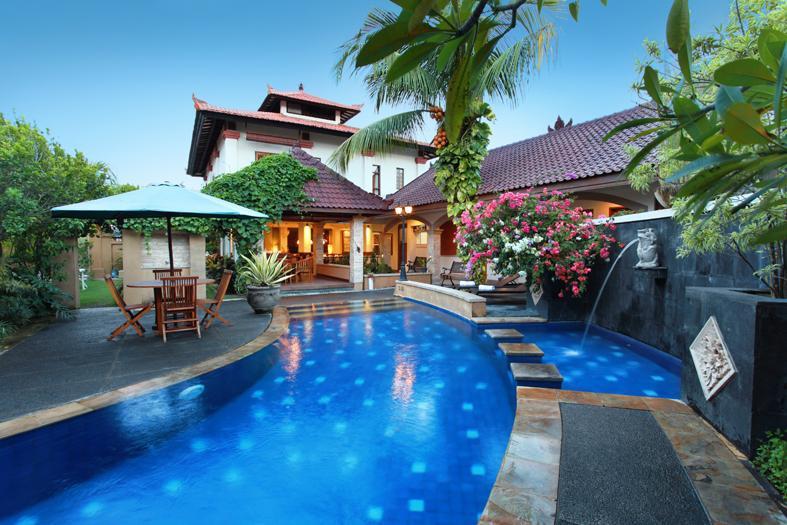Evangeline Villa in Petitenget Seminyak Bali - Spacious Evangeline Villa Close to Beach - Seminyak - rentals