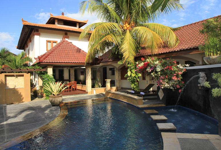 Cozy Seminyak Villa perfect for families or group of friends - Spacious Evangeline Villa Close to Beach - Seminyak - rentals