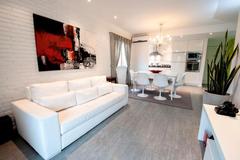 Chic 2 Bedroom in Palermo Soho - Image 1 - Buenos Aires - rentals